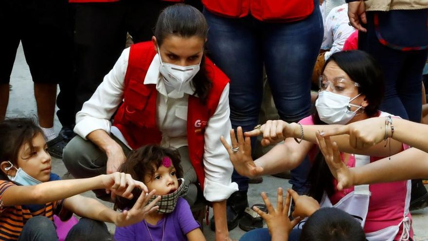 La reina Letizia se adentra en la Honduras más castigada por los huracanes