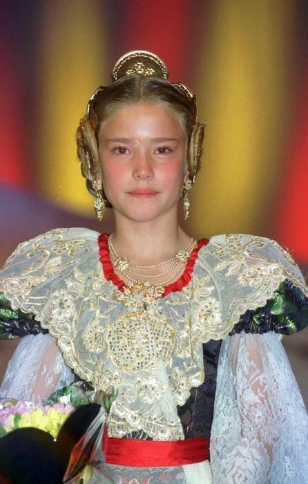 Corte 1999. Isabel Hernando, que después regresaría en la corte adulta de 2010.