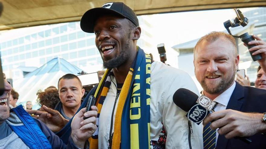 Usain Bolt llega a Australia para probar con un equipo de fútbo profesional