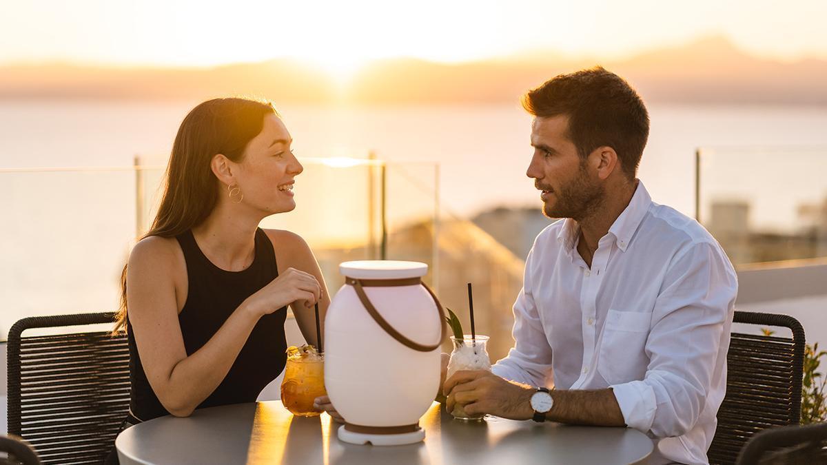 Disfruta en HM Hotels de la mejor puesta de sol en sus sky bar de Mallorca