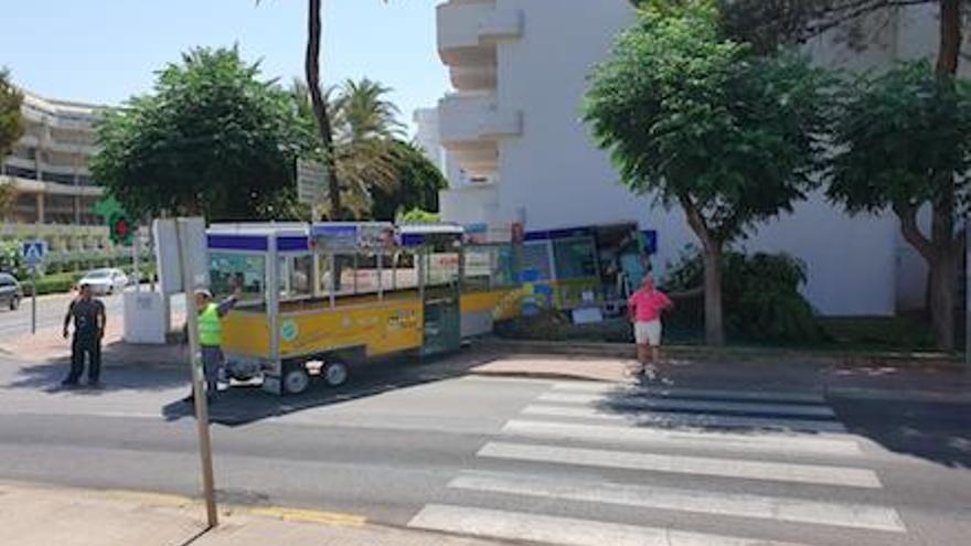 Unfall: Pkw knallt in Mallorca-Bummelzug von Cala Millor
