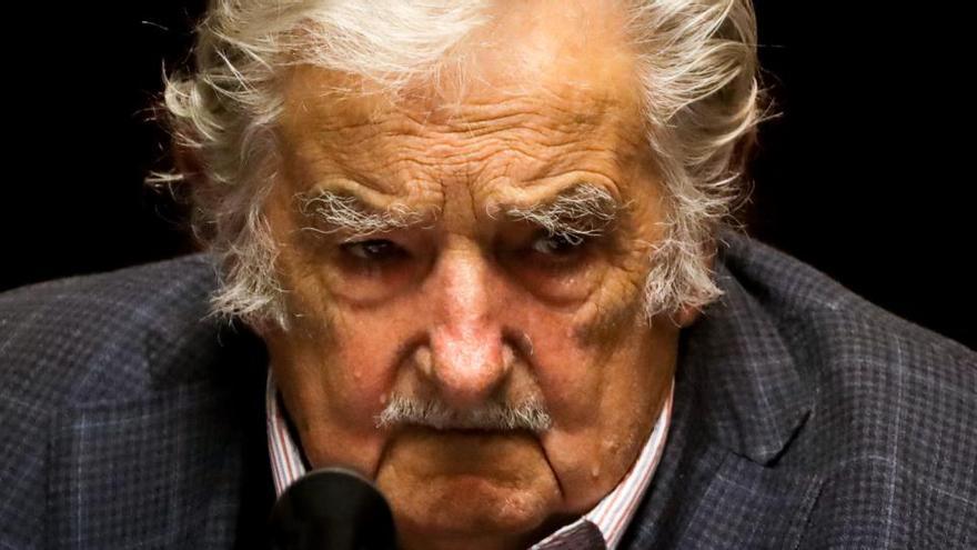 Los expresidentes Mujica y Sanguinetti abandonan su escaño en el Senado