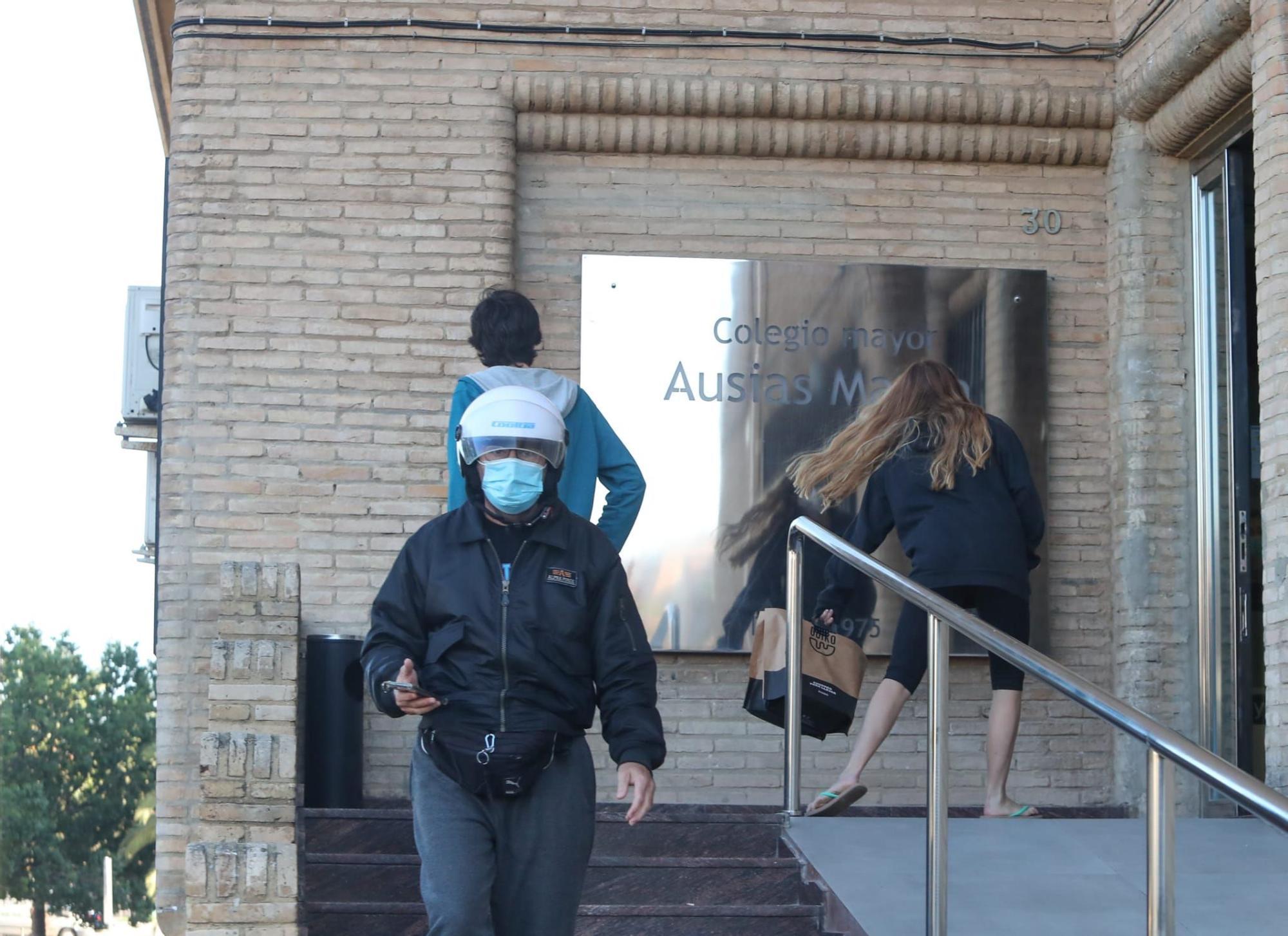 Un macrobrote de 72 contagios en la residencia Ausiàs March de València