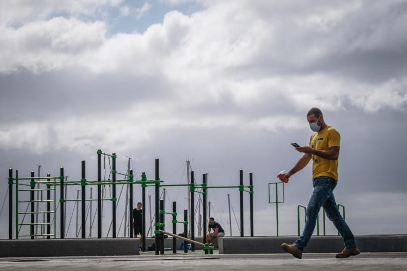 El Gobierno anuncia que a partir del 26 de junio se podrá ir por la calle sin mascarillas