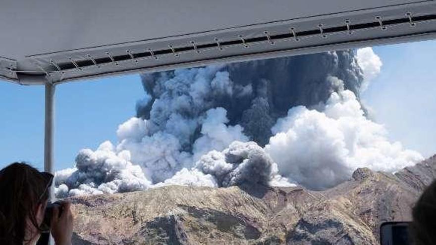 Sin supervivientes en una isla de Nueva Zelanda tras la erupción de un volcán