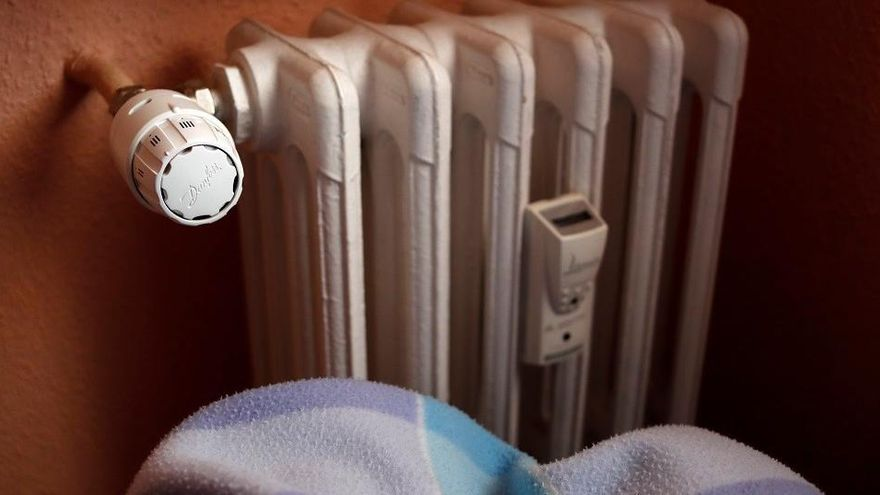 Un 8% de les llars catalanes passarà fred aquest hivern i un 41% no tindrà temperatura de confort