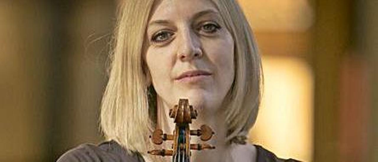 Eva Meliskova.   Irma Collín