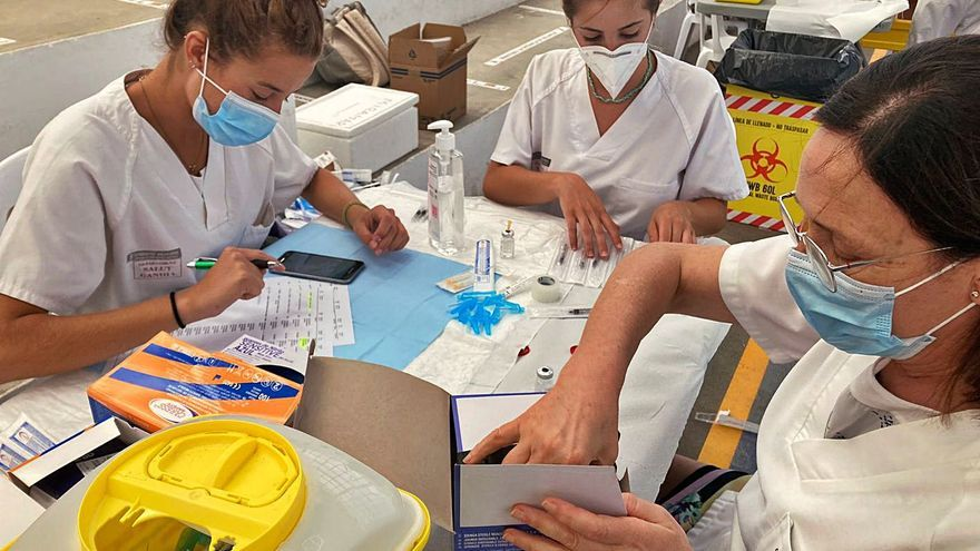 La vacunación contra la covid sin cita atrae a 1.100 saforenses en diez días
