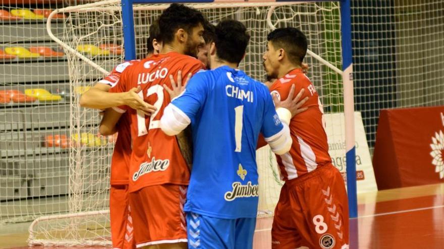 El Jimbee Cartagena golea con tres tantos de su portero