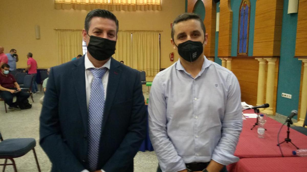 David Caro y José Ramón Ruger en la asamblea de Empa.