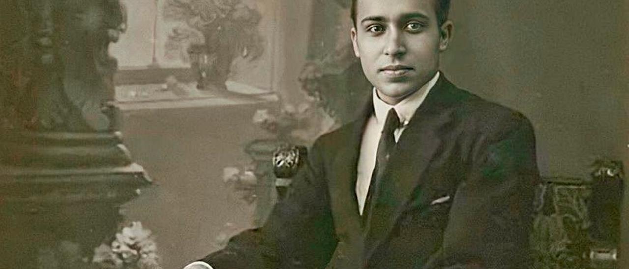 José Domingo Hernández Guerra, entre 1917 y 1918, cuando era estudiante.