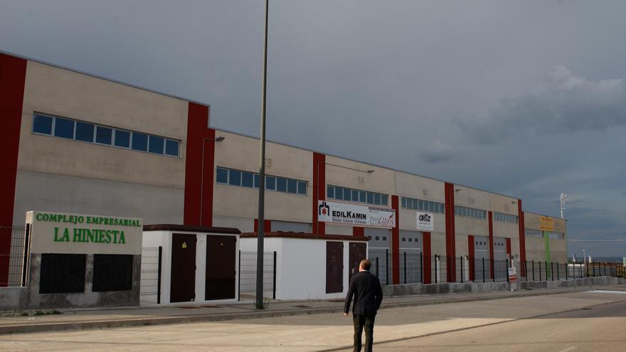 Piden 2 años de cárcel por robar en una tienda de móviles de Zamora artículos por 30.000 euros