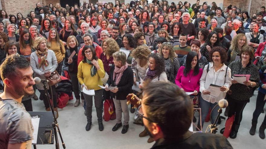La plaça de Sant Pere acollirà la macrocantada solidària pels malalts de càncer