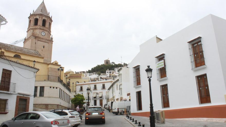 Vélez-Málaga baja el IBI los próximos tres años y cifra en 5,8 millones el ahorro para los ciudadanos