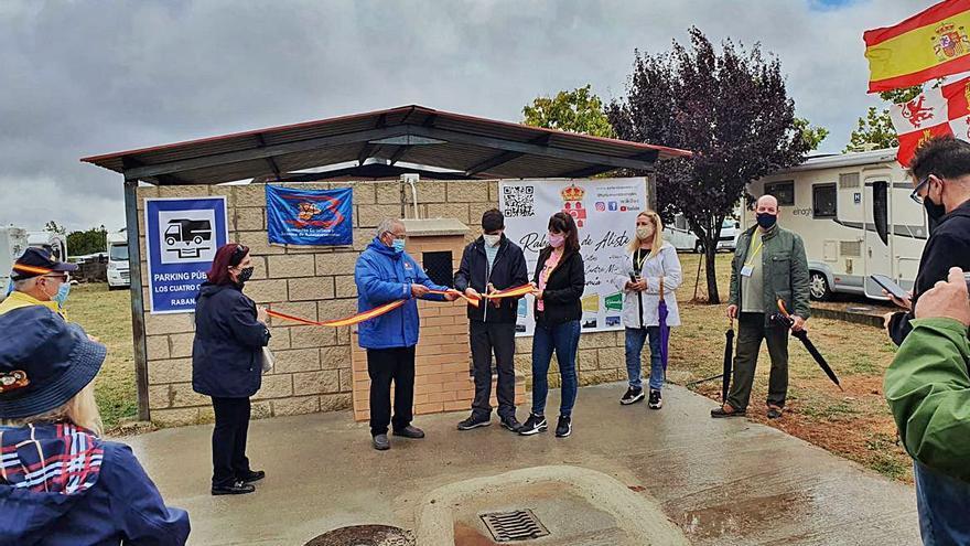Inauguración del parque de autocaravanas de Rabanales