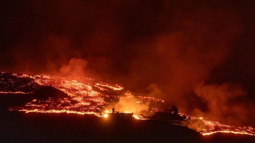 La erupción de La Palma cumple una semana dejando casi 6.000 evacuados y unas 400 edificaciones dañadas