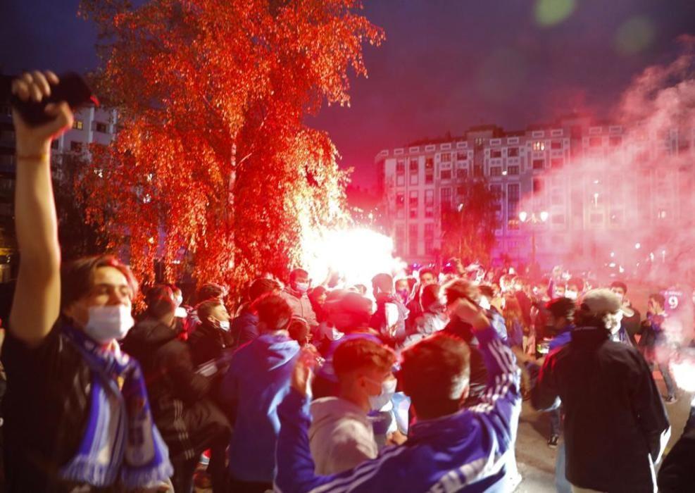 Derbi Real Oviedo - Sporting: Ambiente azul antes del partidazo de Asturias