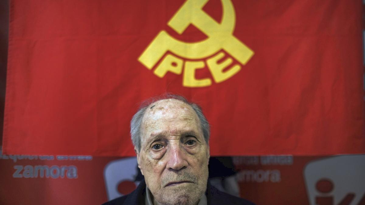 Amable García, durante una entrevista por el 40 aniversario de la legalización del Partido Comunista