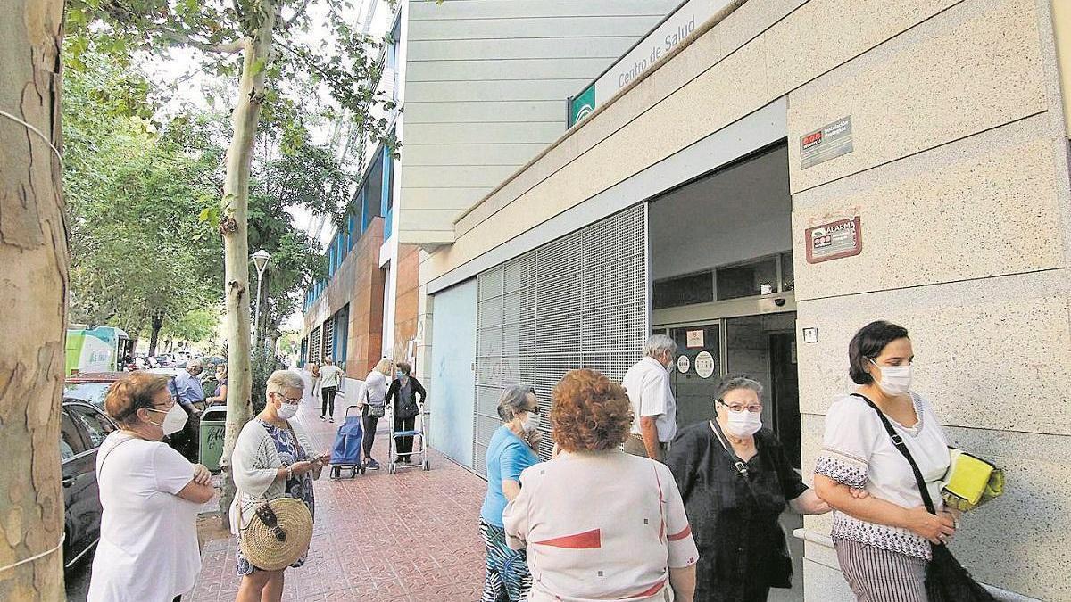 Los sindicatos piden personal y organización para aplicar la vacuna del covid en Córdoba