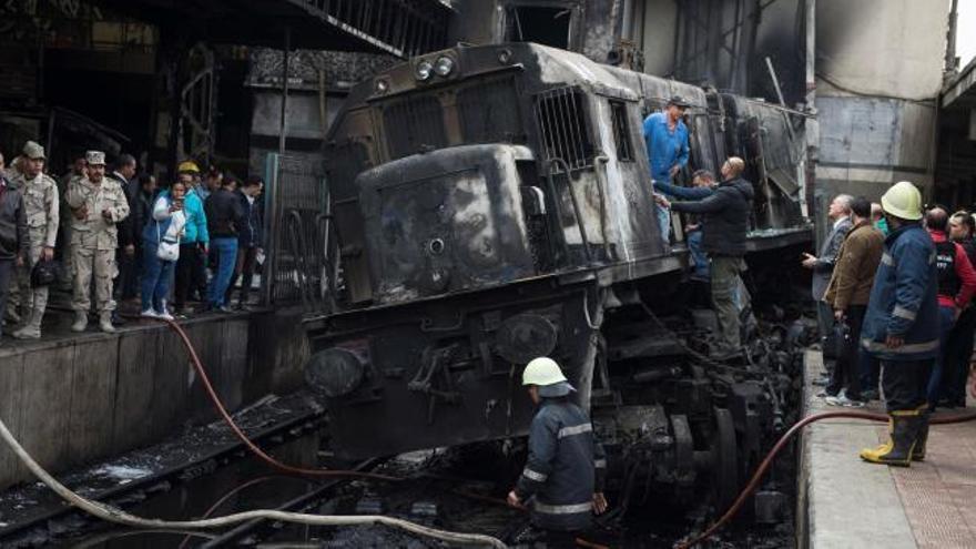 Al menos 25 muertos por un accidente en la estación de El Cairo