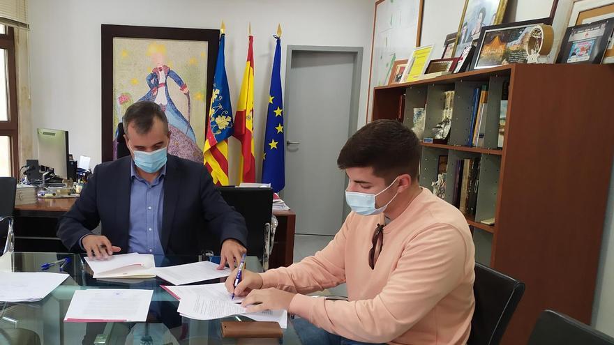 Los estudiantes de Aspe reciben 34.000 euros del Ayuntamiento