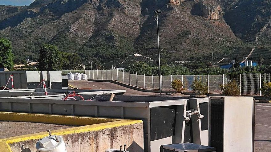 Los descuentos por reciclar impulsan el uso de los ecoparques en la Valldigna