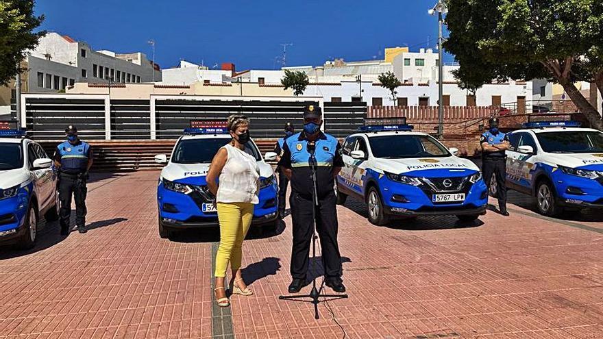 La Policía Local  de Ingenio refuerza  su flota con cuatro coches patrulla mediante un 'renting'
