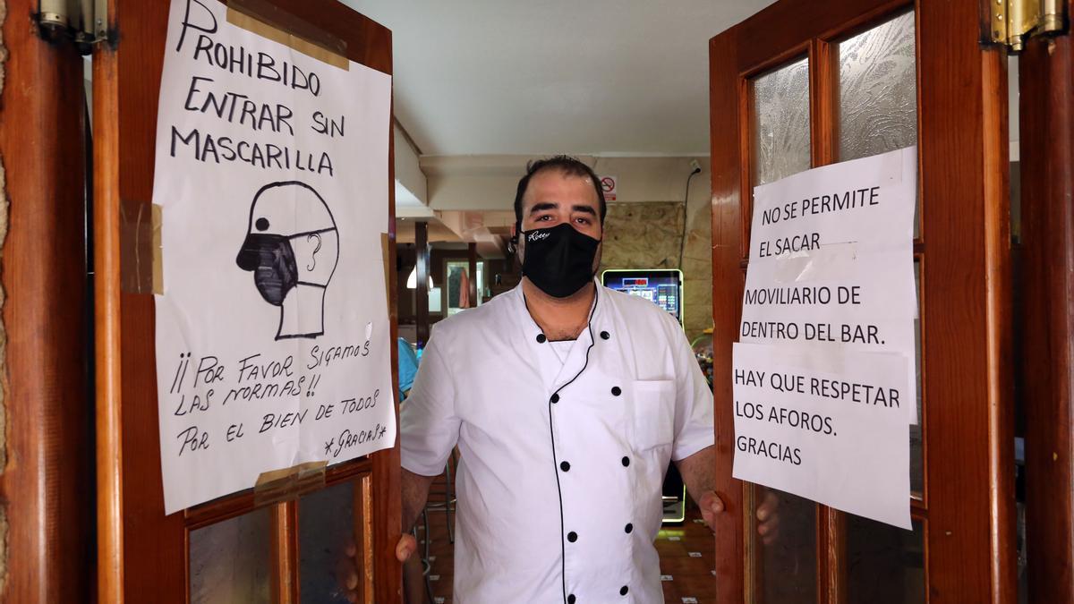 El presidente de los hosteleros de Íscar, Jonathan Martín.
