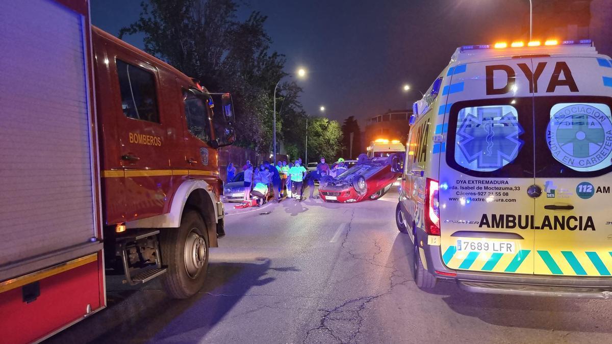 Imagen del accidente que se produjo este domingo en la ronda San Francisco.