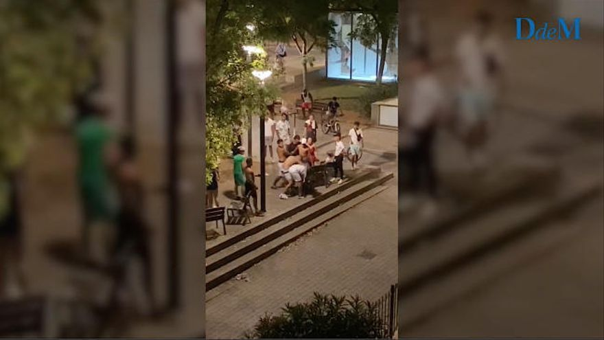 Vecinos del parque Wifi de Palma recogen firmas desesperados por los botellones y peleas