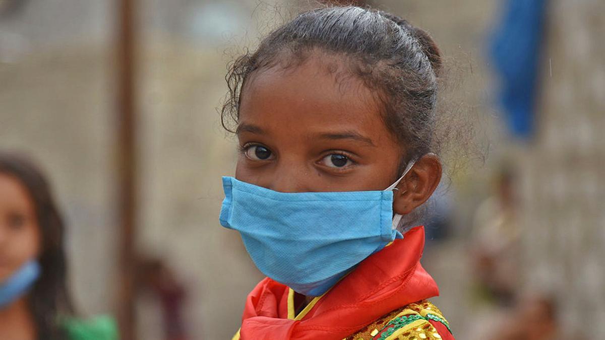 Las consecuencias indirectas de la Covid-19 amenazan con acrecentar las desigualdades entre países y dentro de ellos.   UNICEF