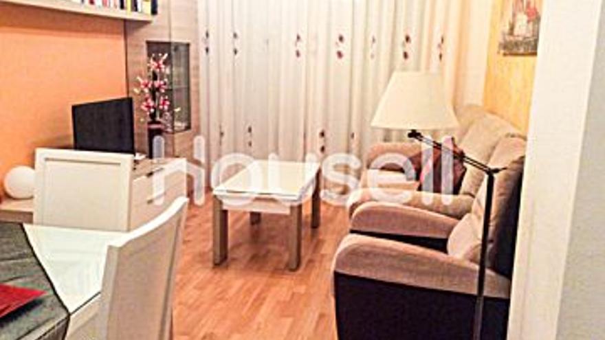 108.000 € Venta de piso en Oropesa del Mar (Orpesa) 65 m2, 2 habitaciones, 1 baño, 1.662 €/m2, 5 Planta...