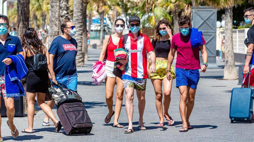 BBVA prevé que la Comunidad crezca más que la media el próximo año por el turismo