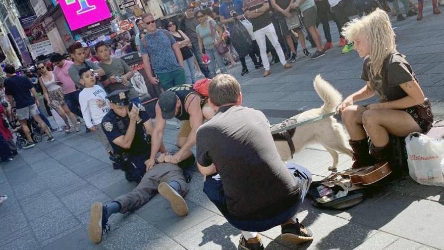 Un policía valenciano detiene en Nueva York a un hombre por agredir a un agente