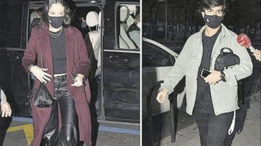 Victoria Federica y su novio aparecen con mascarilla tras el aluvión de críticas