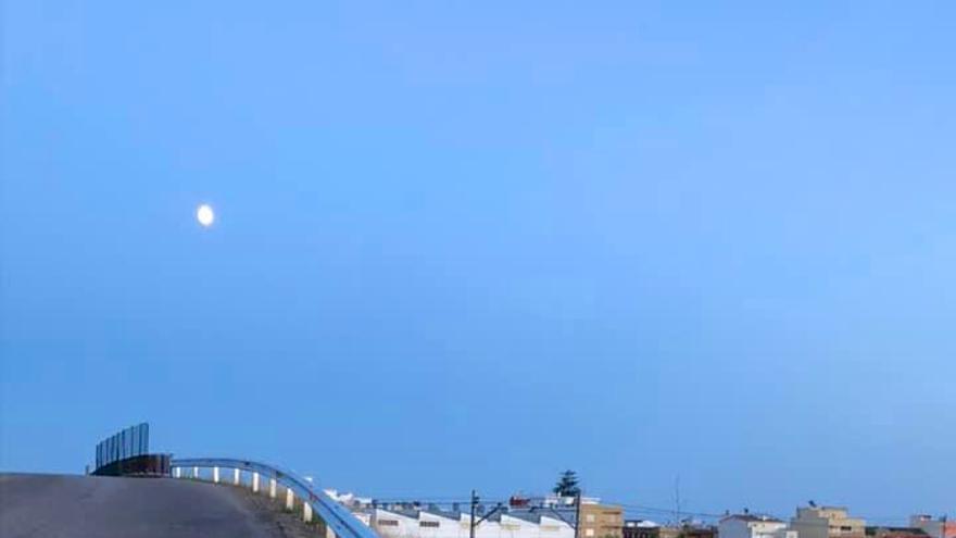 Foios mejora la seguridad del puente ferroviario de Cuiper