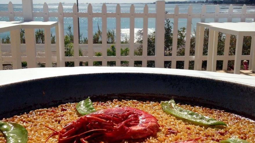 Club Palasiet, de Benicàssim, abre su terraza frente al mar el lunes 11