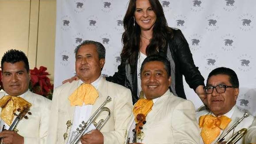 """Kate del Castillo vuelve a México tres años después de reunirse con """"El Chapo"""""""