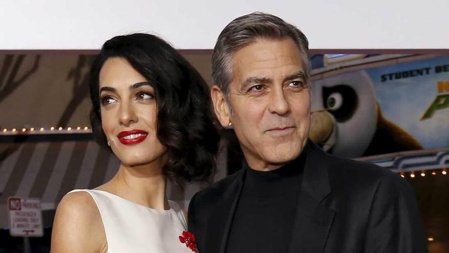 Clooney no sabe el sexo de sus gemelos y dejará de ir a países peligrosos