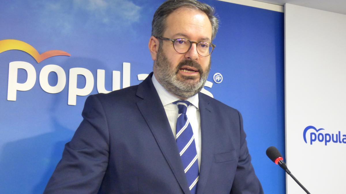 Adolfo Molina, en rueda de prensa.