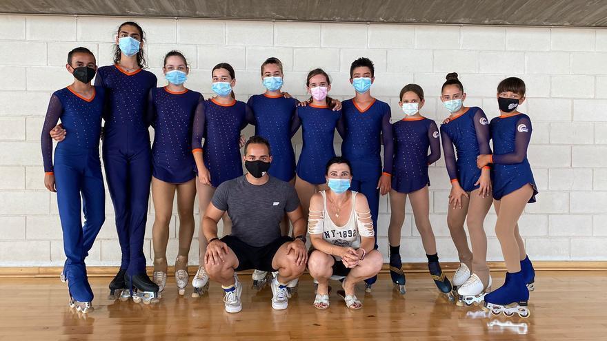 Diez patinadores artísticos ilicitanos en el campeonato de España