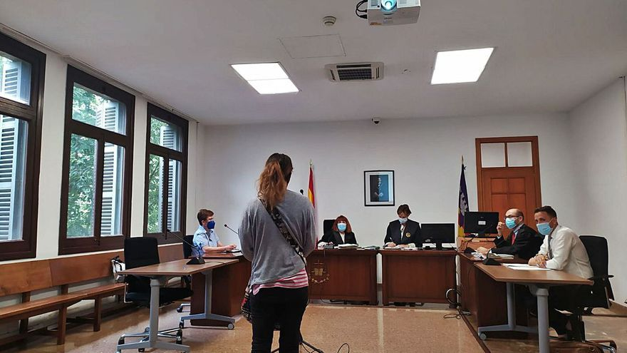 Condenada por hacerse pasar por su prima tras sufrir un accidente drogada en Palma