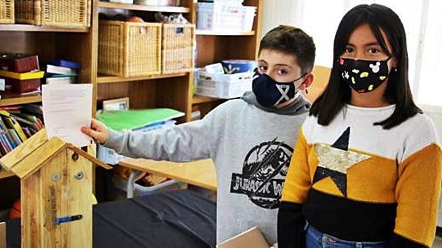 Escolars de Sant Fruitós trien el nom Els Companys per al centre d'Ampans