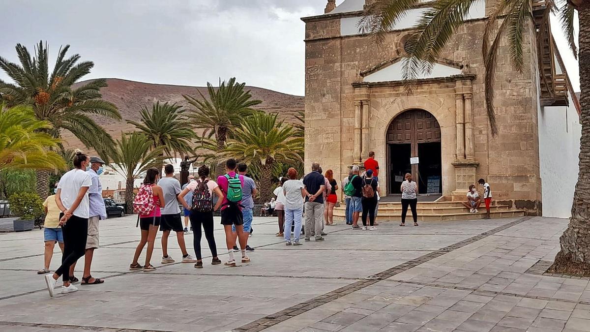 La Peña, una fiesta de 25 peregrinos