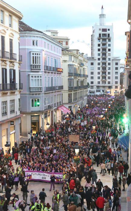 Miles de manifestantes colapsan el centro de Málaga en una marcha que comenzaba con polémica con Francisco de la Torre