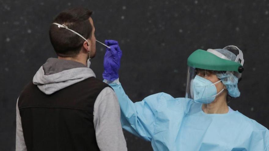 Tos y fiebre ¿Es gripe o es coronavirus?