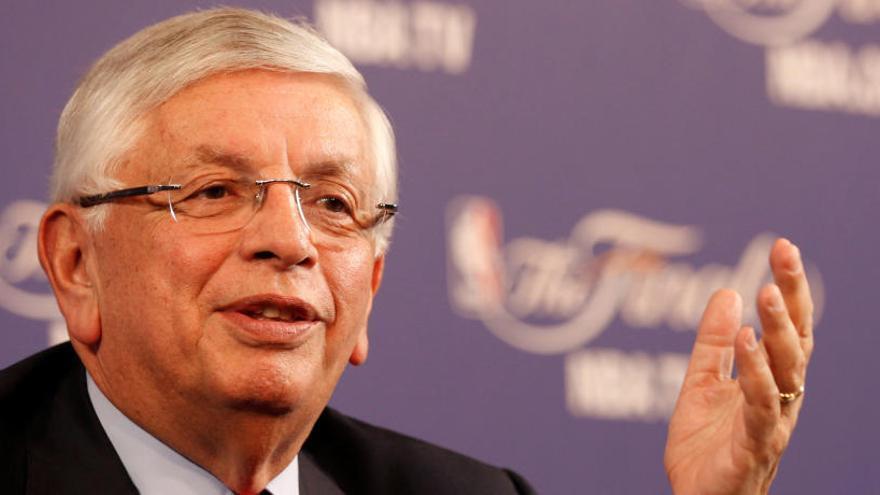 Mor David Stern, comissionat emèrit de la NBA, als 77 anys