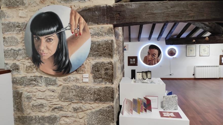 Mujeres Artistas Rurales de La Serranía (MAR) inauguran una exposición itinerante