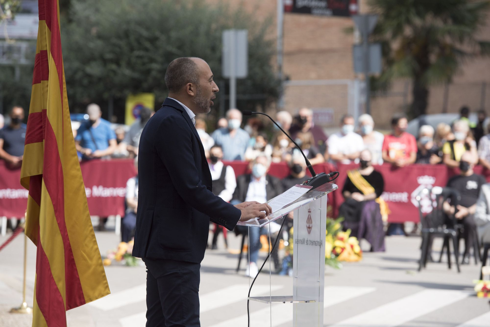 Manresa celebra la diada apel·lant al diàleg i una estratègia compartida