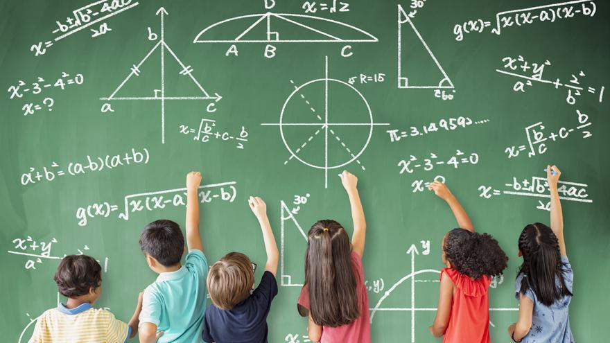 """Las oposiciones para maestros """"infravaloran la experiencia"""", denuncia SUATEA"""